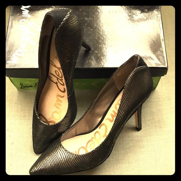 179433e51af Sam Edelman Shoes - Sam Edelman Zola pumps in Pewter